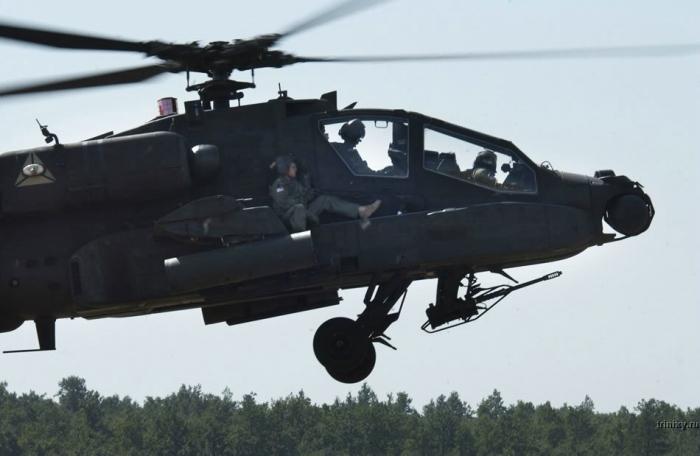 Интересный способ летать на вертолетах (3 фото)