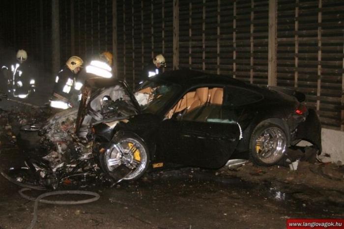 Жуткая авария суперкаров Lamborgini и Porsche (20 фото)