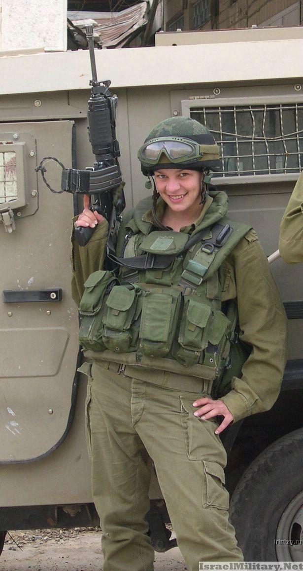 Девушки в армии (57 фото)