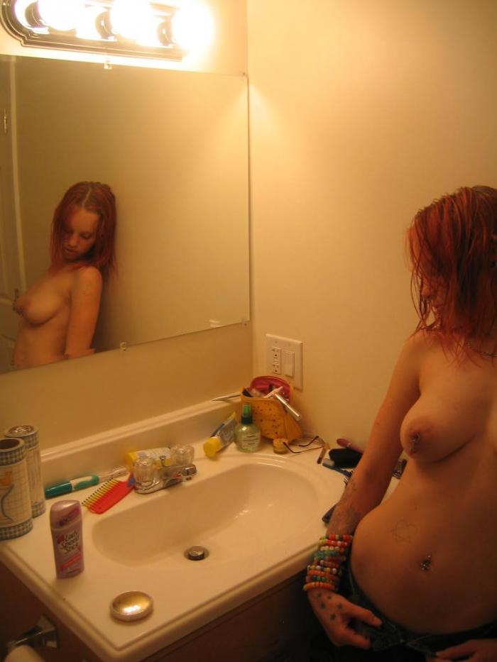Фотосессия девушки-гота (28 фото)