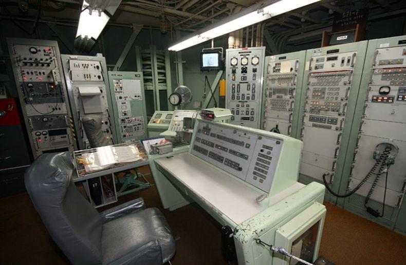Шахта ядерной ракеты в США (14 Фото)