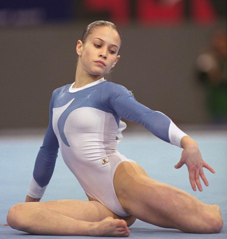 Фото гимнасток в неприличной форме