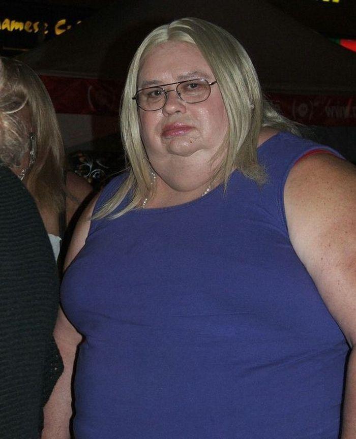 Фото толстых страшных женщин, секс на столе генерала