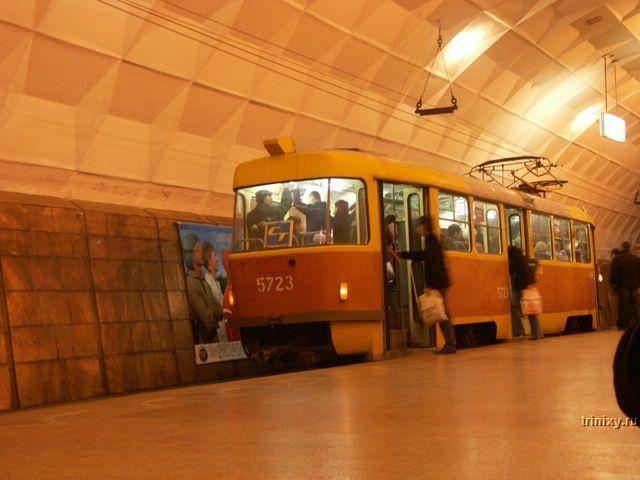 Архивное. Волгоградский метротрам (6 фото)