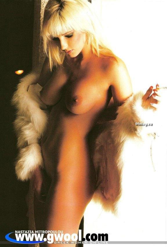 Одна из самых сексуальных телеведущих в мире и самая сексуальная в Греции (24 скана + 2 видео) НЮ