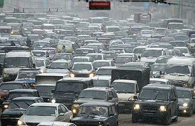 Самая продолжительная пробка недели возникла 2 августа в 18:54 по улице Елены Телиги и Московскому проспекту...