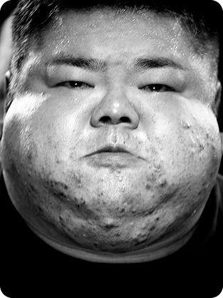 Лица пауэрлифтинга (8 фото)