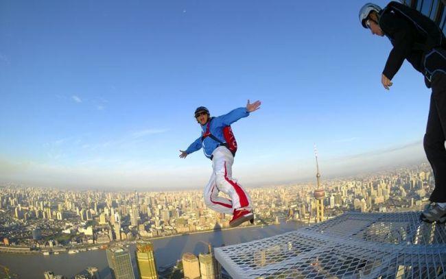 ТОП 10 смертельных видов спорта (17 фото)