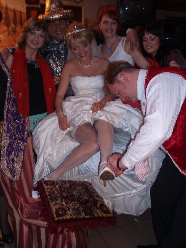 Пикантные фотографии невест (30 штук)