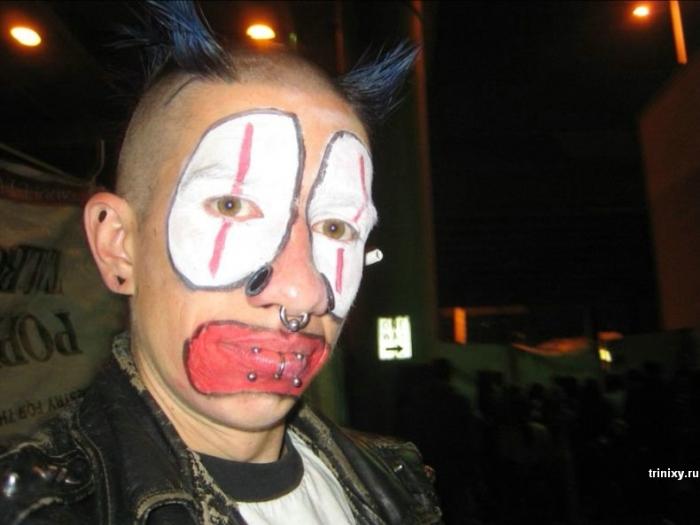 Почему я не люблю клоунов (13 фото)