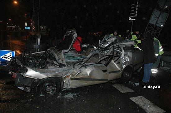 Очередная жертва скорости (15 фото)
