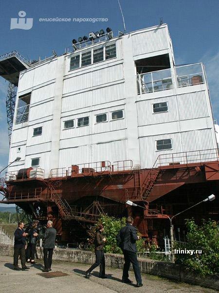 Самые необычные лифты для кораблей (52 фото)