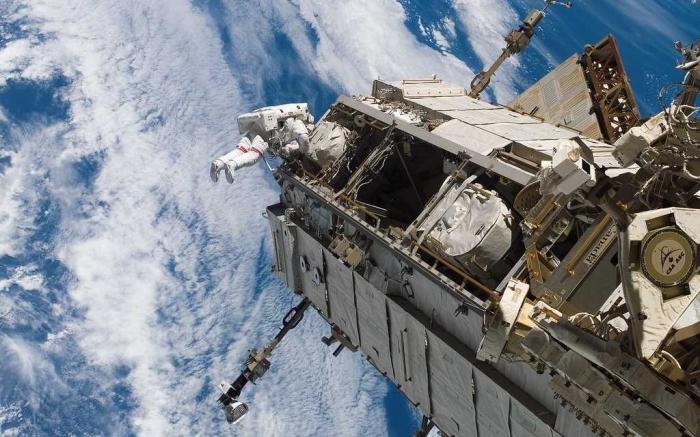 Красивые фотографии космоса от NASA (13 штук)