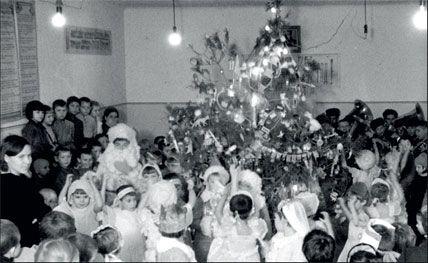 Новый год 1936–2006. Как это было (82 фото + текст)