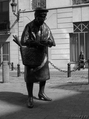 Самые необычные статуи и скульптуры (51 фото)