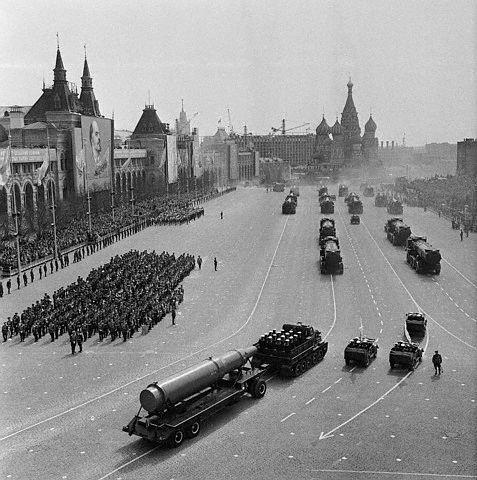 Парад на Красной площади (13 фото + видео)