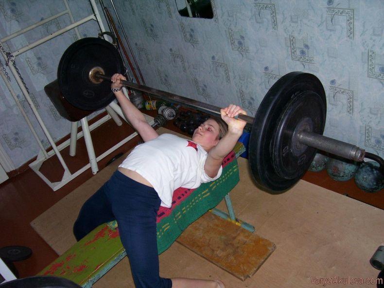 Самая сильная девочка в мире (42 фото)