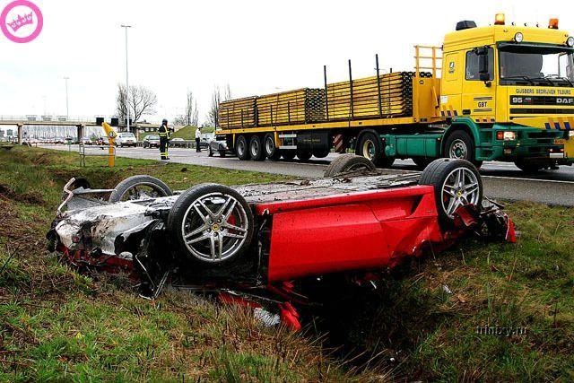 Жертва скорости (5 фото)