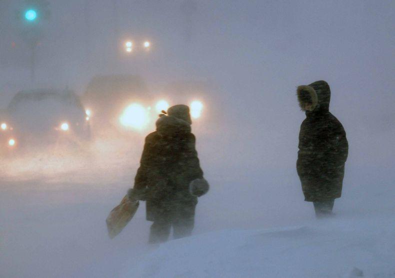 А тем временем Норильск завалило снегом (8 фото)