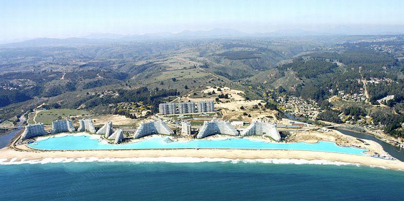 Самый большой бассейн в мире.