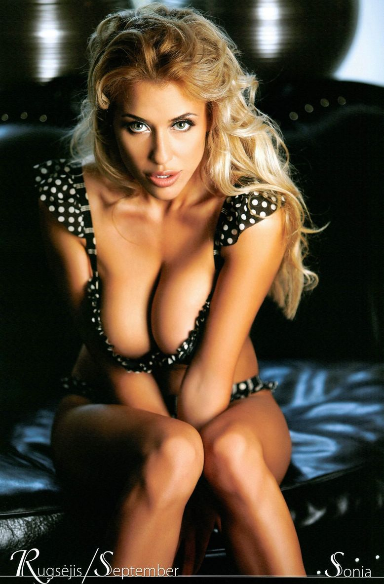12 сексуальных блондинок  календарь