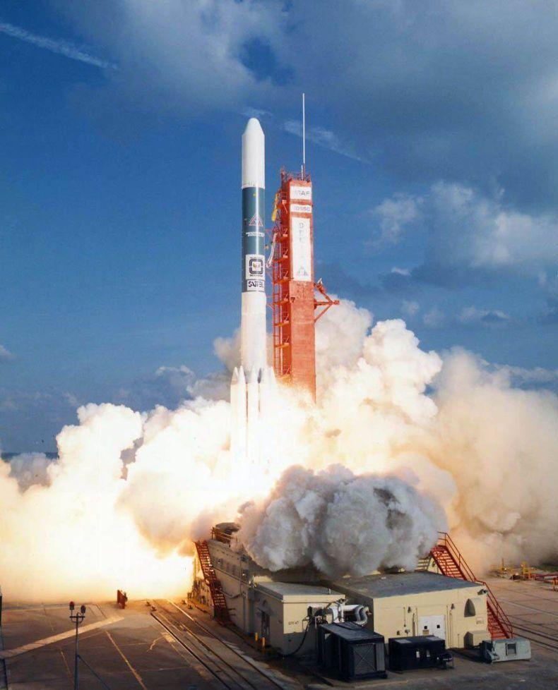 future rocket launching video - 790×978