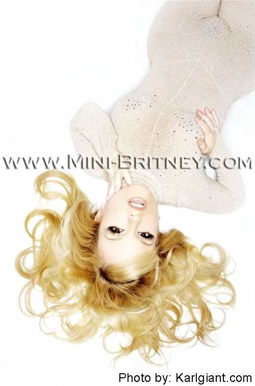 Мини Бритни (12 фото)