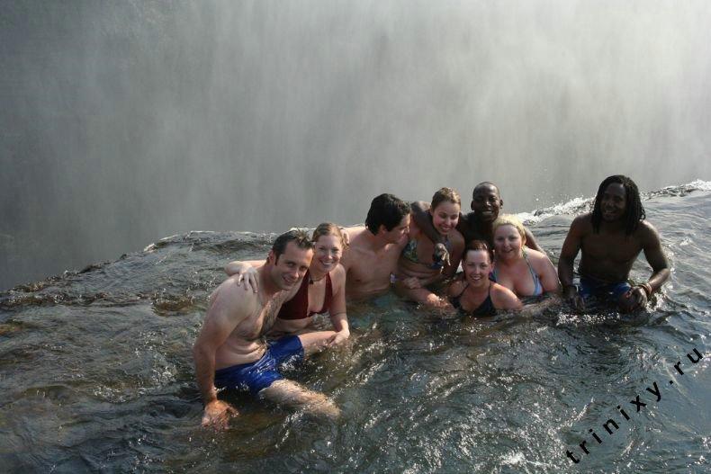 Купель Дьявола на водопаде Виктория (13 фото + 2 видео)