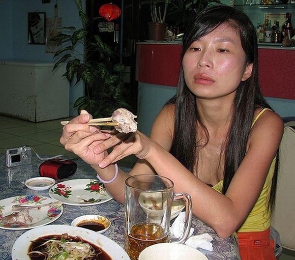 Жесть. Самая необычная еда (3 фото)