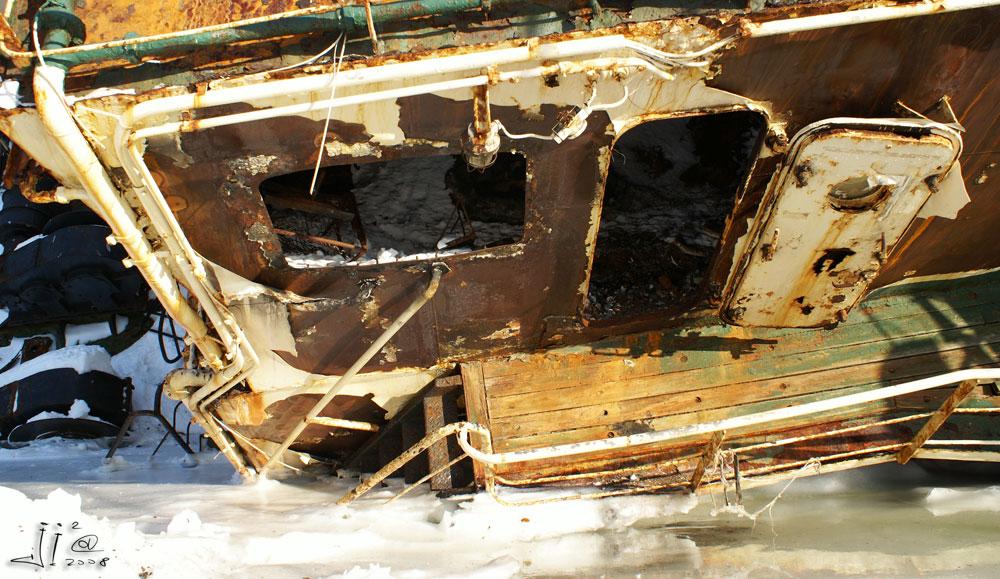 Кладбище кораблей на Камчатке (16 фото)