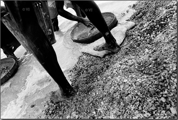 Алмазный бизнес в Сьерра-Леоне (15 фото)