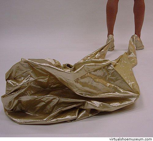 Необычная обувь (32 фото)