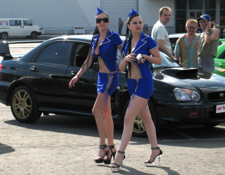 Летние девушки (105 фотографий)