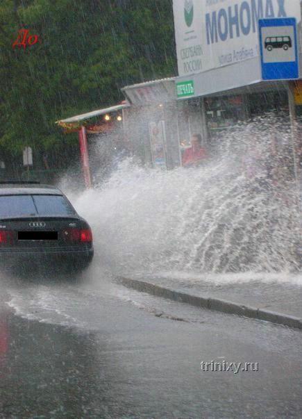 Идиот за рулем (2 фото)