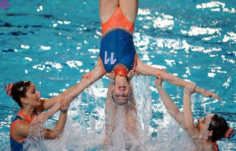 Танцы на воде (14 фото)