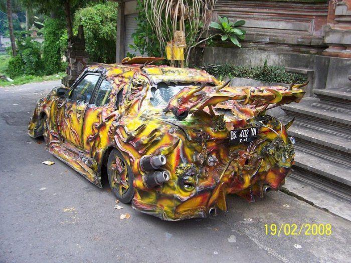 Машина стритрейсера на Бали (3 фото)