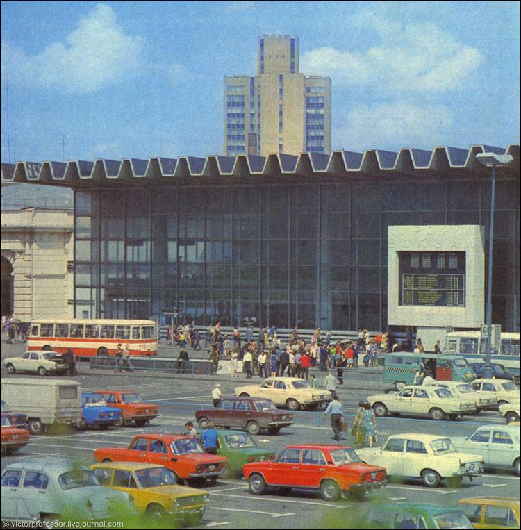 На экскурсию в советскую Москву (2 маршрута, 23 фото)