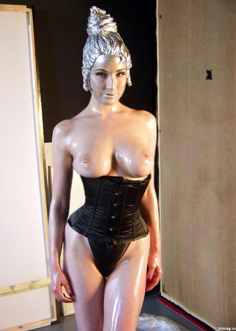 Дита Фон Тиз (Dita von Teese) в серебре (7 фото НЮ)
