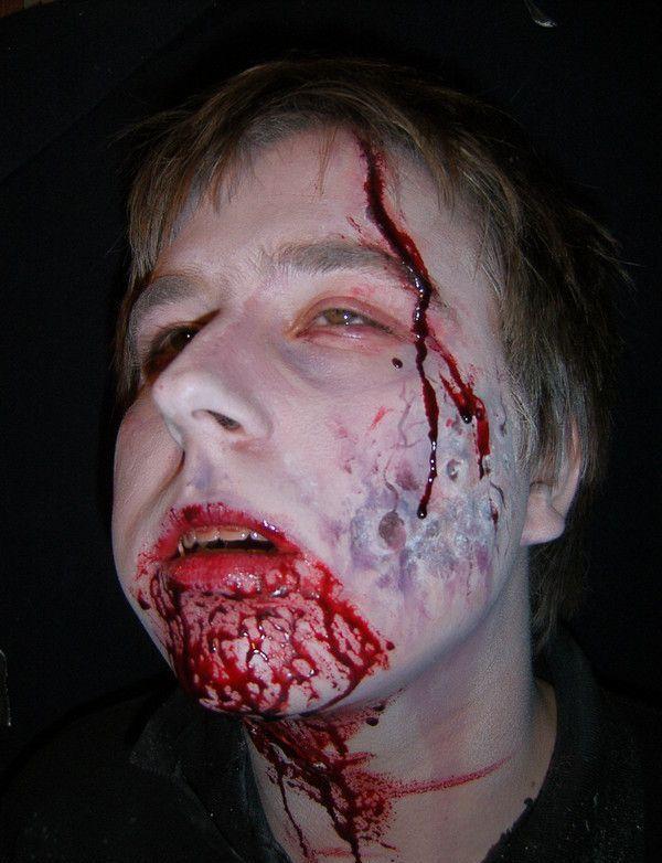 Бутафорские ужастики (22 фото)