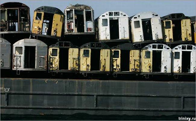 Что делают со старыми вагонами нью-йоркского метро (10 фото)