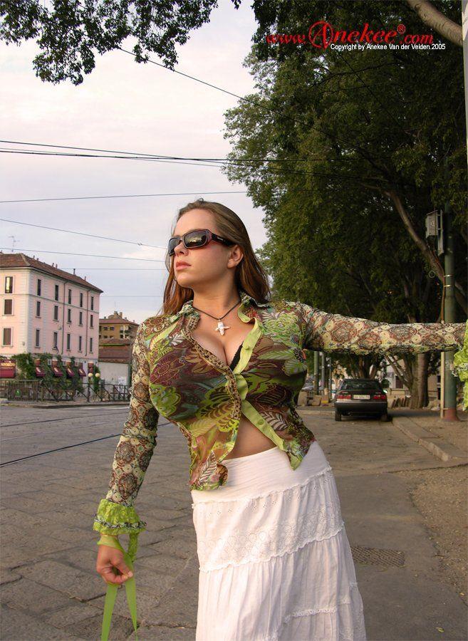 Анеке ван дер Вельден супермодель с супер грудью (40 фото)
