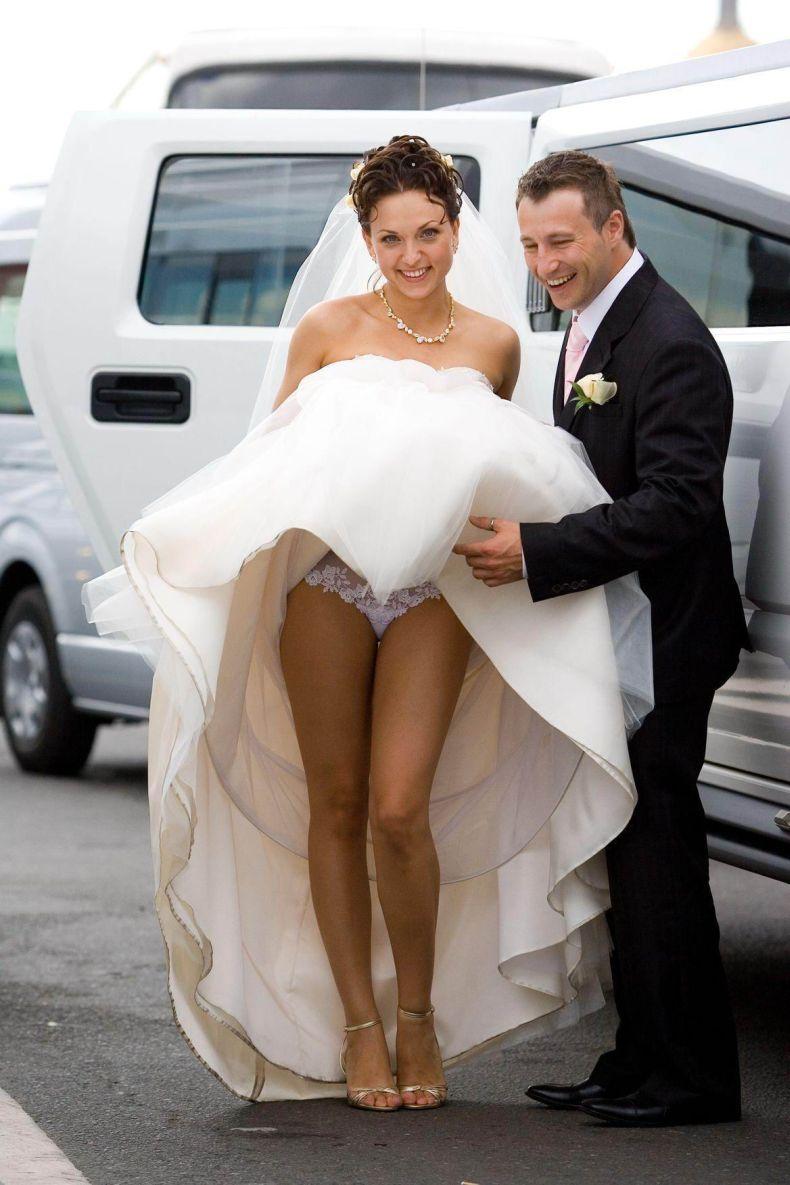 Свадьба невеста без трусиков, автобус извращенец порно