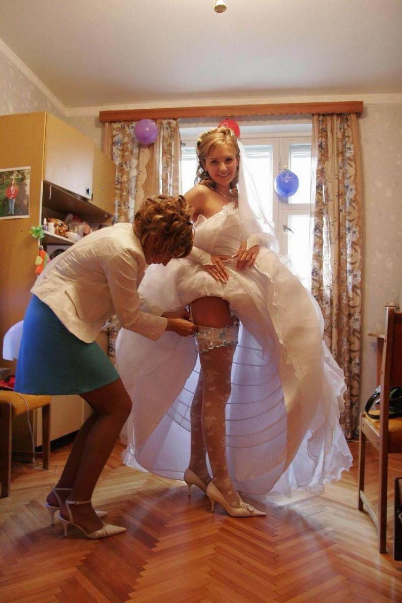 Трусики под свадвенном платьем невесты фото 14 фотография