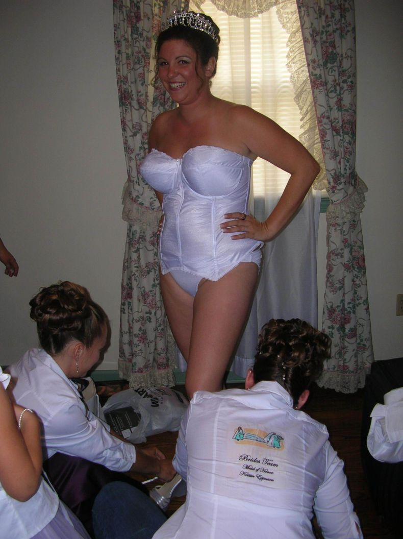 Смотреть секс с невестой в нижнем белье 14 фотография