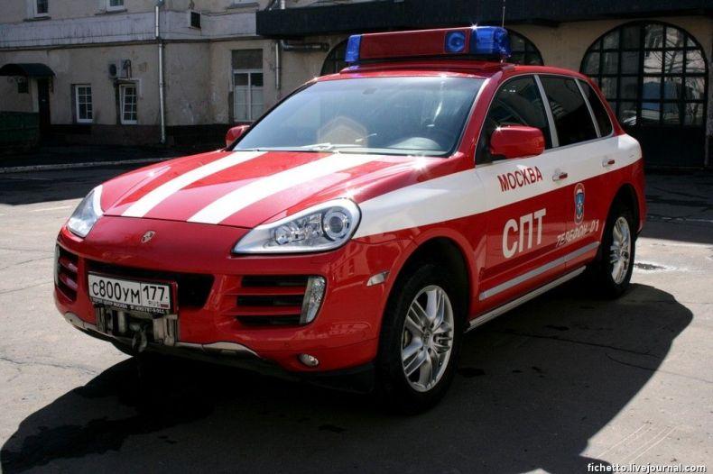 Пожарный Porsche Cayenne S (9 фото)