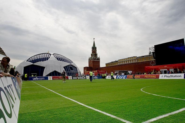 Финал Лиги Чемпионов в Москве (12 фото)