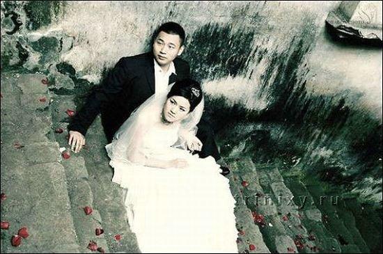 Свадьба во время землетрясения в Китае (13 фото)