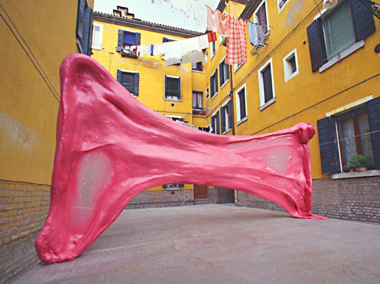 Жевательная резинка в Венеции (9 фото)