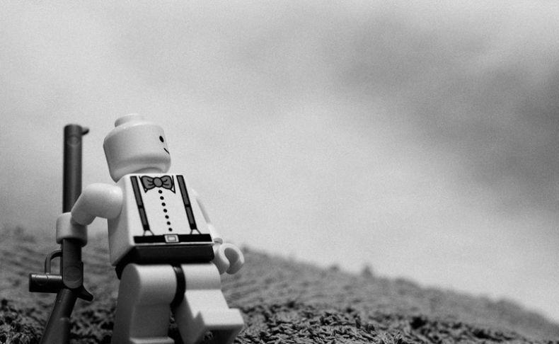 Lego-пародии на всемирно известные фотографии (32 фото)