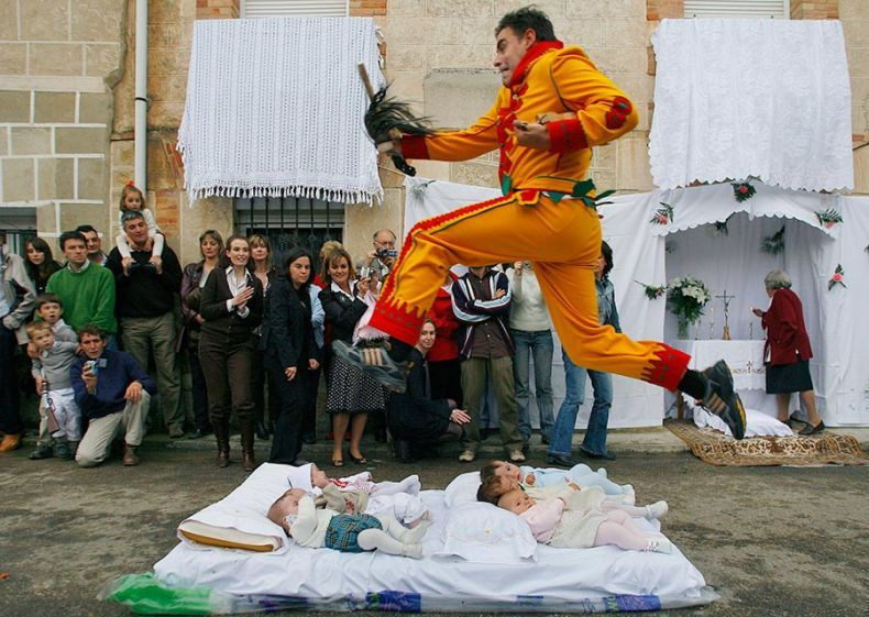 Необычная традиция (5 фото)